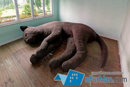 Диван-скульптура Giant Cat Sofa